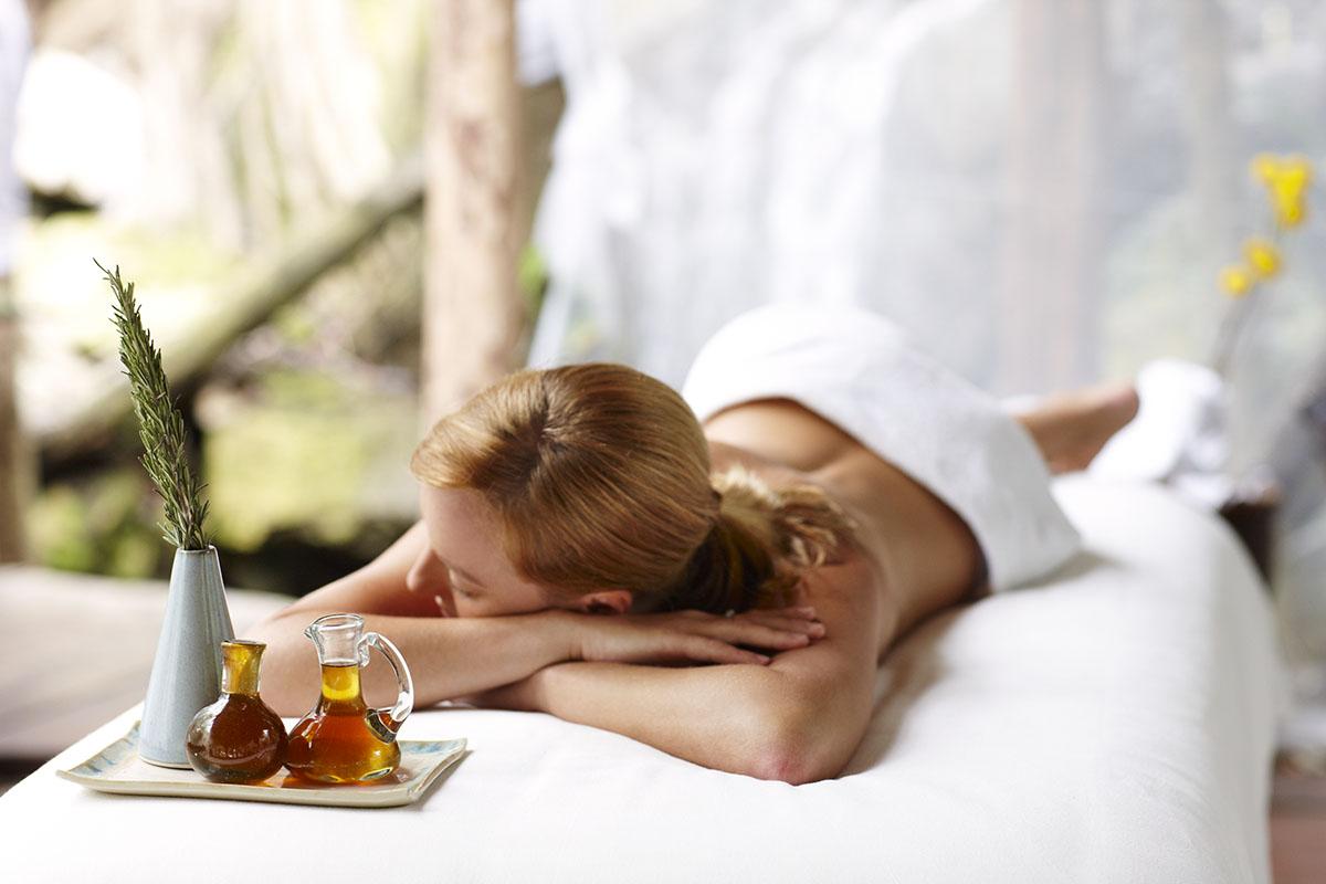 Sweet Honey and Rain Massage