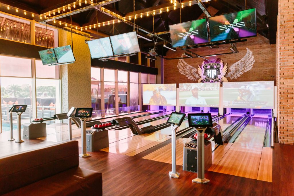 HRHC Punta Cana - Bowling Bar