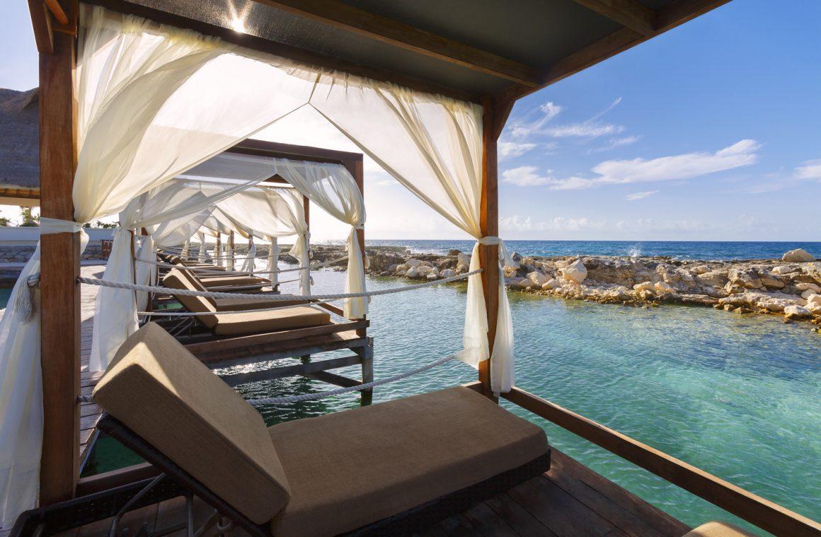 Heaven Bali Beds over water