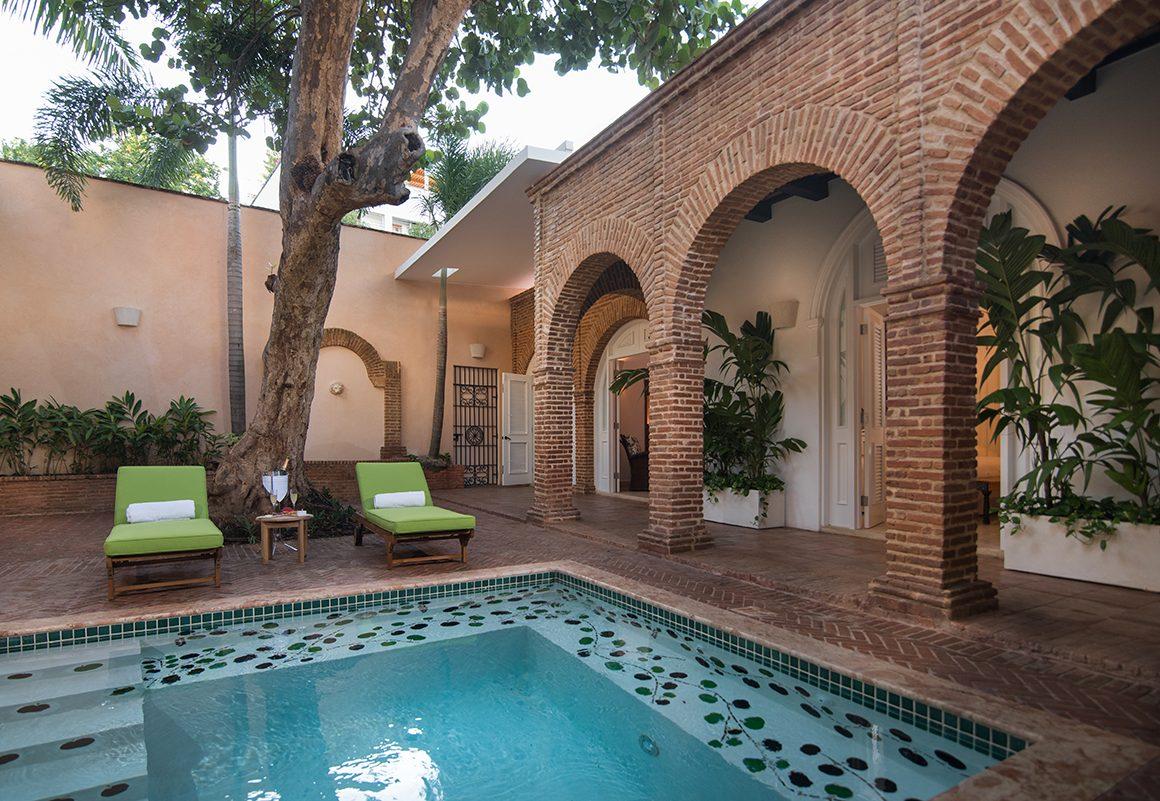 Casa Antillana Pool Patio (1)_1200