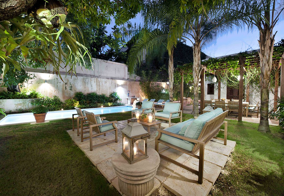 Casa de los Mapas Outdoor Sitting Area (2)_1200