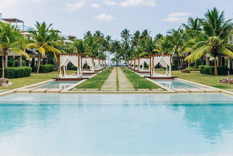 Pool View_1600